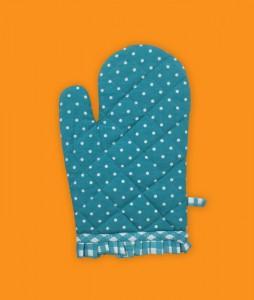 kithcen-mitt-polka-dot-1